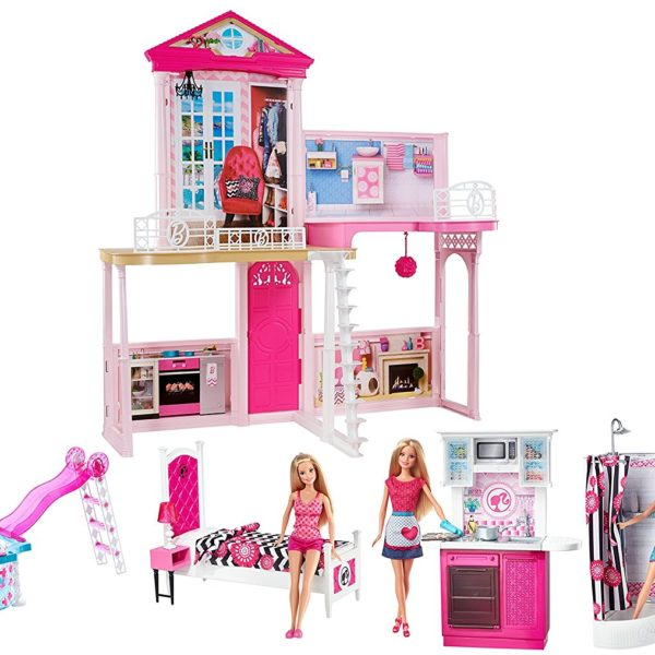 Barbie Dream House & Pool Gift Set with Three Dolls 31 ...