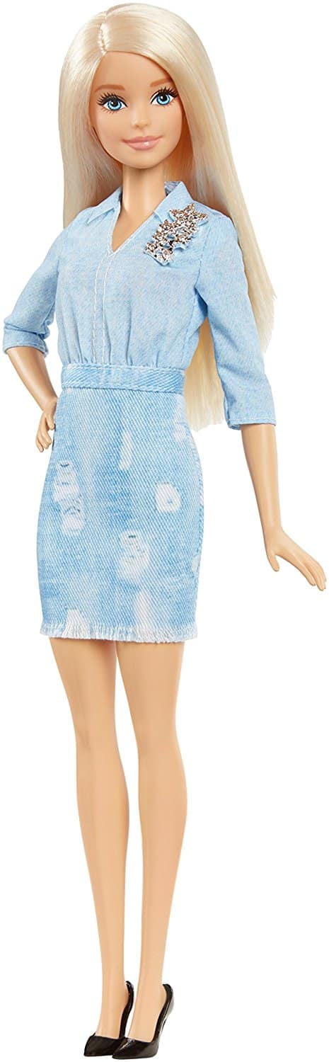 Barbie Dolls have been a favorite of girls everywhere since , and the styles of Barbie Doll Clothes Casual Dresses have reflected decades of fashion trends. Here, you can find Barbie Doll and Fashion Doll Party Dresses, Barbie Doll shoes, and complete outfits to match vintage styles and current trends.