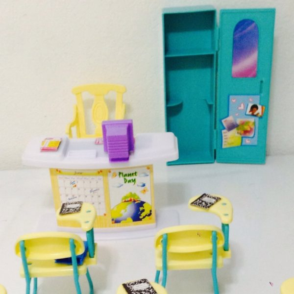 Barbie Size Dollhouse Furniture Classroom Play Set Barbie Collectibles