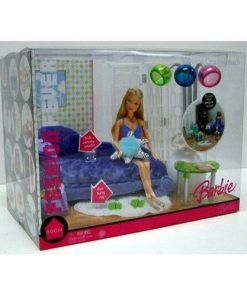 Barbie-Fashion-Fever-Velvet-Crush-Couch