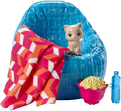 Barbie Movie Night & Accessories Playset 3